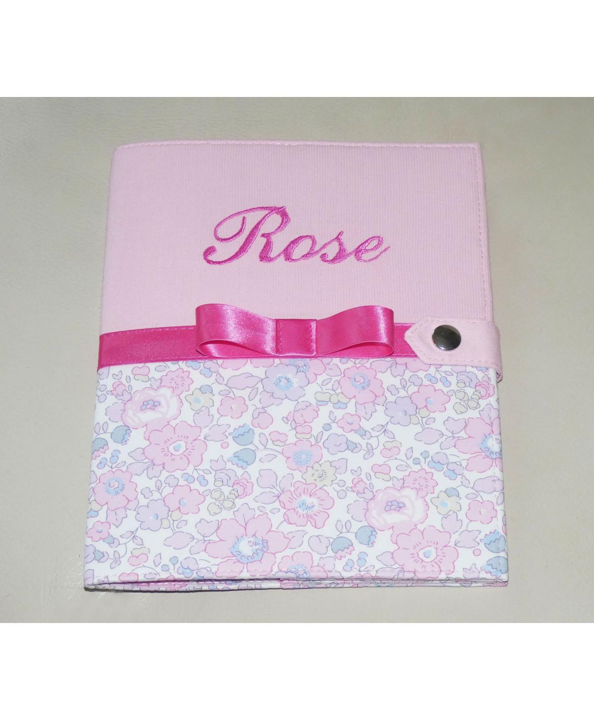 Protège carnet de santé rigide personnalisé rose et liberty - Cadeau de naissance personnalisé